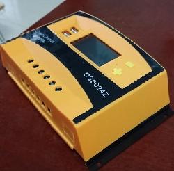 Điều khiển sạc năng lượng mặt trời PWM 60A có màn hình hiển thị và có USB